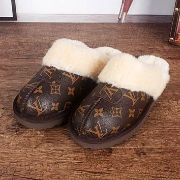 UGG x LV (Louis Vuitton) hot sale men and women Baotou slippers and hairy slippers