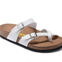 Newest Hot Sale Mayari Birkenstock 805 Summer Fashion Leather Beach Lovers Slippers Casual Sandals For Women Men Couples Slippers color White size 34-45