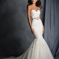 Alfred Angelo 2526 Strapless Lace Mermaid Wedding Dress