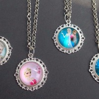 4x Frozen Glass Dome Necklaces Queen Elsa Princess Anna Olaf Kids Present Gift