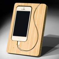 CHISEL - Bamboo iPhone 4 Dock by iSkelter