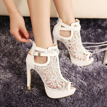2015 New New Lace Women Platform Pums Sandals White Mesh Black High Heels Peep Toe Shoes = 4814654596