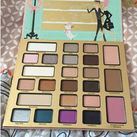 1 Pc New Brand Cosmetics Makeup Eye Shadow Palette 24 Colors X'mas Gift  Eyeshadow Christmas In New York 2016 Edition