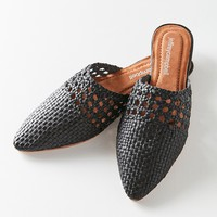 Jeffrey Campbell Atrata Woven Mule | Urban Outfitters
