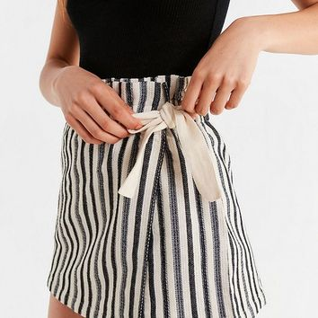 UO Paperbag Wrap Skort Short   Urban Outfitters