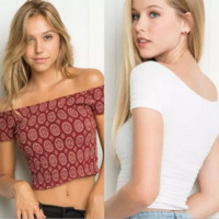 Stretchy off Shoulder Crop Top B0015135