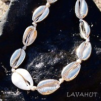 Waikiki Cowry Gold Hawaiian Necklace / Bracelet
