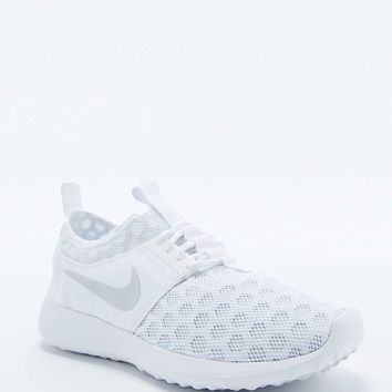Nike Juvenate Trainers in White - Urban Outfitters
