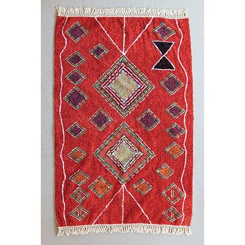 Red Rug With Fringe