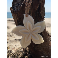 Hawaiian Hand Crafted Hibiscus Flower Necklace Bone Carving - Beautiful Maori Necklace