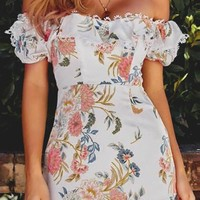Nice Girls Win Floral Pattern Short Sleeve Off The Shoulder Sweetheart Neck Lace Trim Ruffle A Line Casual Mini Dress - 2 Colors Available