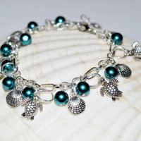 Deep Green Beautiful Turtle Lovers Charm Bracelet