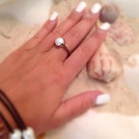 Single Pearl Intertwined Leather Ring