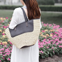 Handwoven bag /Ladies Hand-woven Shopping Beach Basket Fully Lined Straw Bag / Satchel Bag Tote