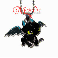 HOW TO TRAIN YOUR DRAGON Toothless Night Fury Pendant Necklace