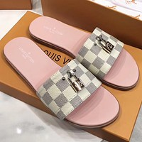 LV Louis Vuitton new product printed letter gold logo ladies casual sandals beach slippers Shoes
