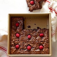 Williams-Sonoma Goldtouch® Nonstick Square Cake Pans