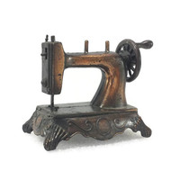 Vintage Die Cast Miniature Mini Sewing Machine, Durham Industries, Copper Tone Metal, Made in Hong Kong, Vintage Dollhouse Furniture