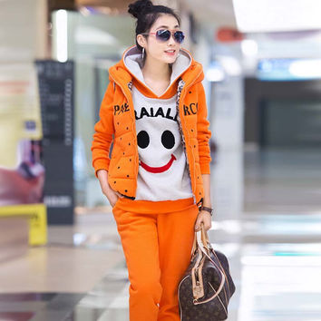 2016 New Autumn Winter Woman Thick Sweatshirts 3pcs Sets Loose Casual Hooded Sweatshirt + Vest+Pants Suits Smile Woman Tracksuit