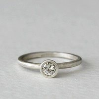 14k carved moissanite ring