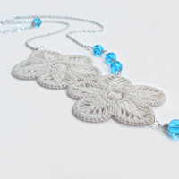Flower necklace with handmade lace and turquoise glass beads