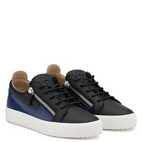 Giuseppe Zanotti Gz Frankie Black Calfskin Leather Low-top With Blue Patent Leather Insert