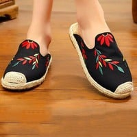 Embroidered Beach Fisherman Shoes