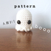 Amigurumi Ghost PATTERN - Crochet Patterns - Halloween Plush - Miniature Ghost Pattern - Halloween Crochet Patterns - Amigurumi Animals