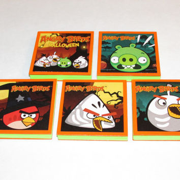 Angry Birds Halloween  Note Pads Set of 5 - Excellent Halloween Party Favors - Halloween Class Gifts