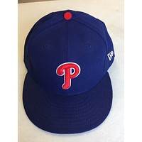 BRAND NEW PHILADELPHIA PHILLIES BLUE WITH RED P NEW ERA FLAT BRIM FITTED HAT