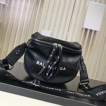 BALENCIAGA 2018 HOT STYLE LEATHER INCLINED SHOULDER BAG