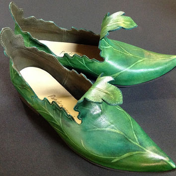 Elven leaf shoes