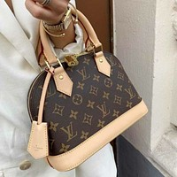 Louis Vuitton LV Alma BB Hot Selling Fashion Ladies Handbags Cosmetic Bags Messenger Bags