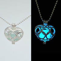 Glowing in the dark necklace/Glowing Necklace/,Heart Locket/Glowing Jewelry/ Glow Necklace, Heart Necklace, Glowing Pendant/Glowing Heart