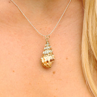 Kailua Shell Aloha Necklace in Silver