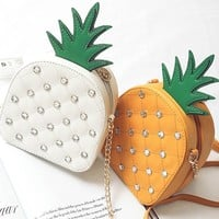 Fashion New Flap Bag Pineapple Rhinestone Design Chains Rivet Cute Shoulder Crossbody Bag Funny Mini Women Messenger Bags
