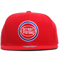 Detroit Pistons Solid Snapback Hat Red