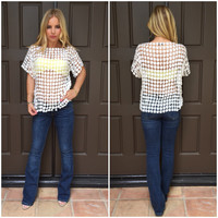 Pocket Full Of Daisies Top - White