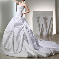 a line white satin beaded ruffle applique long train wedding dresses