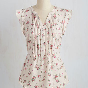Expert In Your Zeal Top in Roses | Mod Retro Vintage Short Sleeve Shirts | ModCloth.com