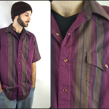 Vintage Wrangler Short Sleeve Button Down Purple & Grey Striped Snap Button Cowboy Cut Size Medium American Vintage Western Shirt