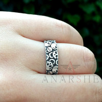 Oxidized skull silver ring, skull wedding band, skull engagement ring, engraved ring, gothic promise ring, skull ring, scary ring, man ring