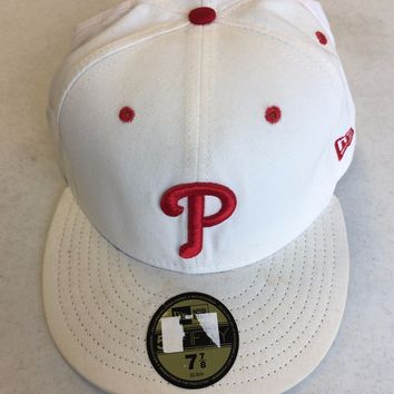PHILADELPHIA PHILLIES  WHITE WITH RED P 5950 NEW ERA FLAT BRIM FITTED HAT