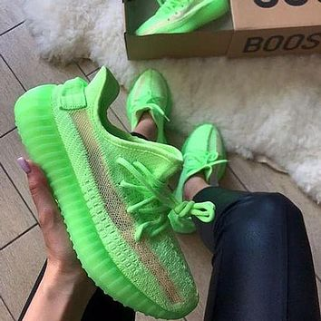 ADIDAS yeezy 350 v2 hot sale color matching men and women basketball shoes sports sneakers