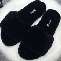 UGG: wool in one word drag slippers-1