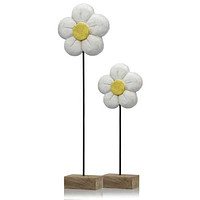 """4"""" x 8"""" x 21"""" Natural & Black/White,  Small - Daisy on Stand"""