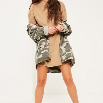 Missguided - Petite Exclusive Brown Faux Suede T-shirt Dress
