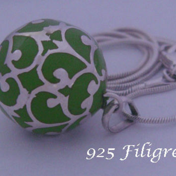 Harmony Ball 20mm with 925 Sterling Silver Filigree wrapped around a Green Chime