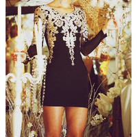 FASHION EMBROIDERY LONG SLEEVE DRESS
