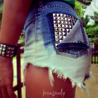 Vintage high waisted studded ombre cut off shorts by Jeansonly